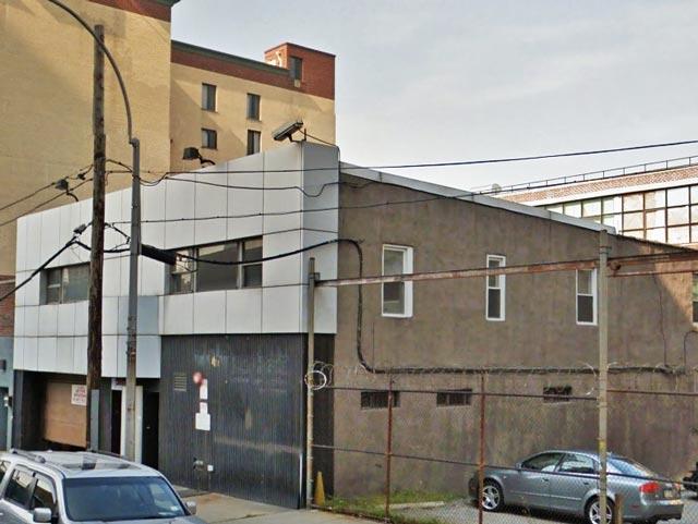 42-14 Crescent Street