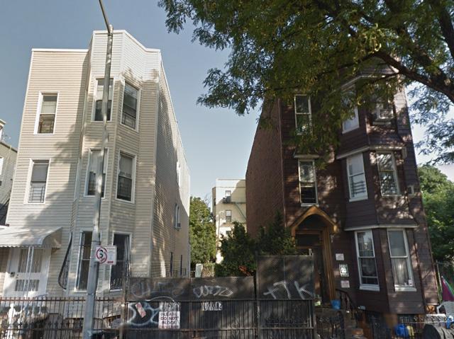 992 Madison Street