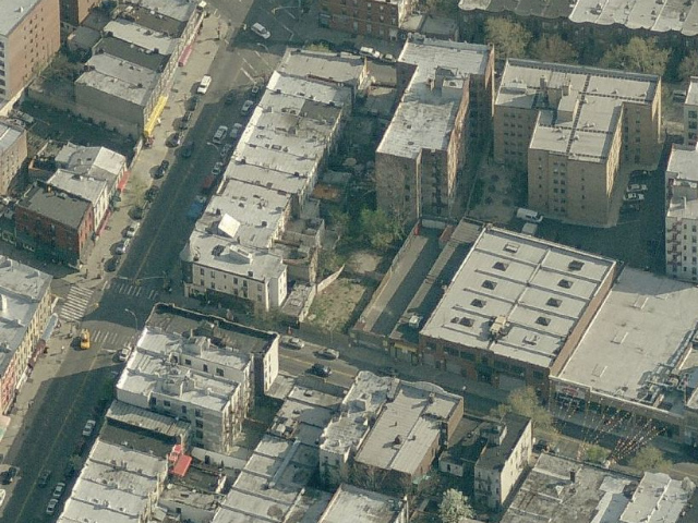 268 Bay Ridge Avenue (vacant lot in center), overhead shot from Bing Maps
