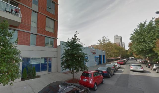 610 Warren Street
