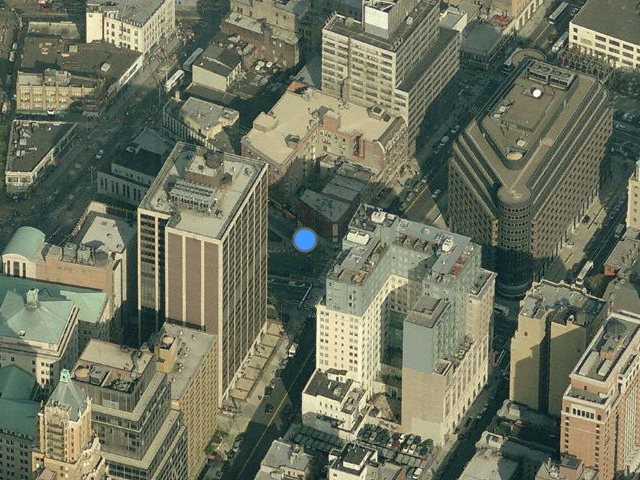 117 Livington Street (four short buildings just above the blue dot), overhead shot from Bing Maps