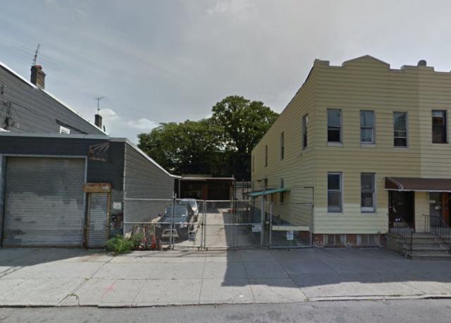 868 Lorimer Street, image from Google Maps