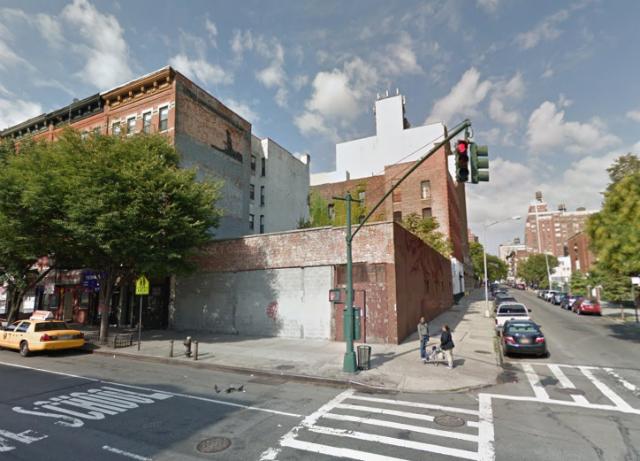 952 Columbus Avenue, image from Google Maps