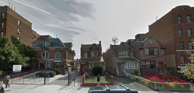 200 Linden Boulevard (middle two houses), image from Google Maps
