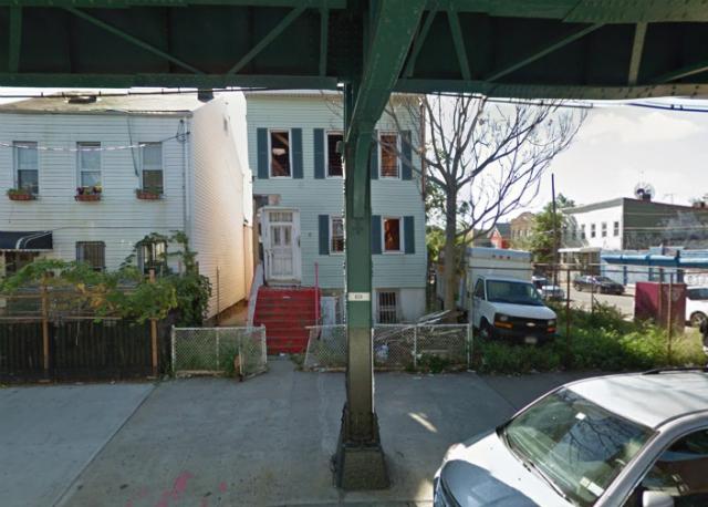 2746 Fulton Street, image from Google Maps