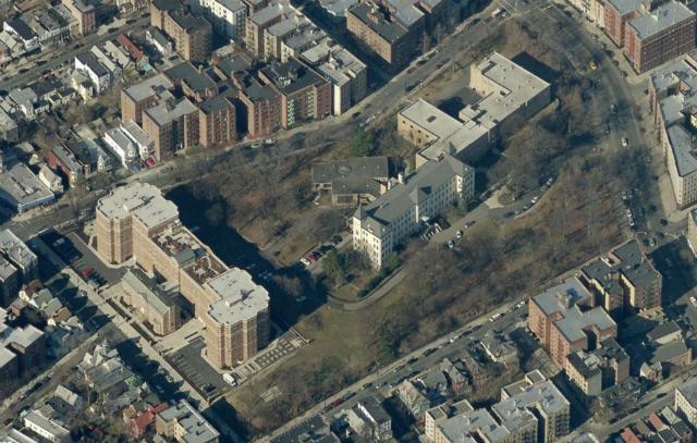 2848 Bainbridge Avenue, image from Bing Maps