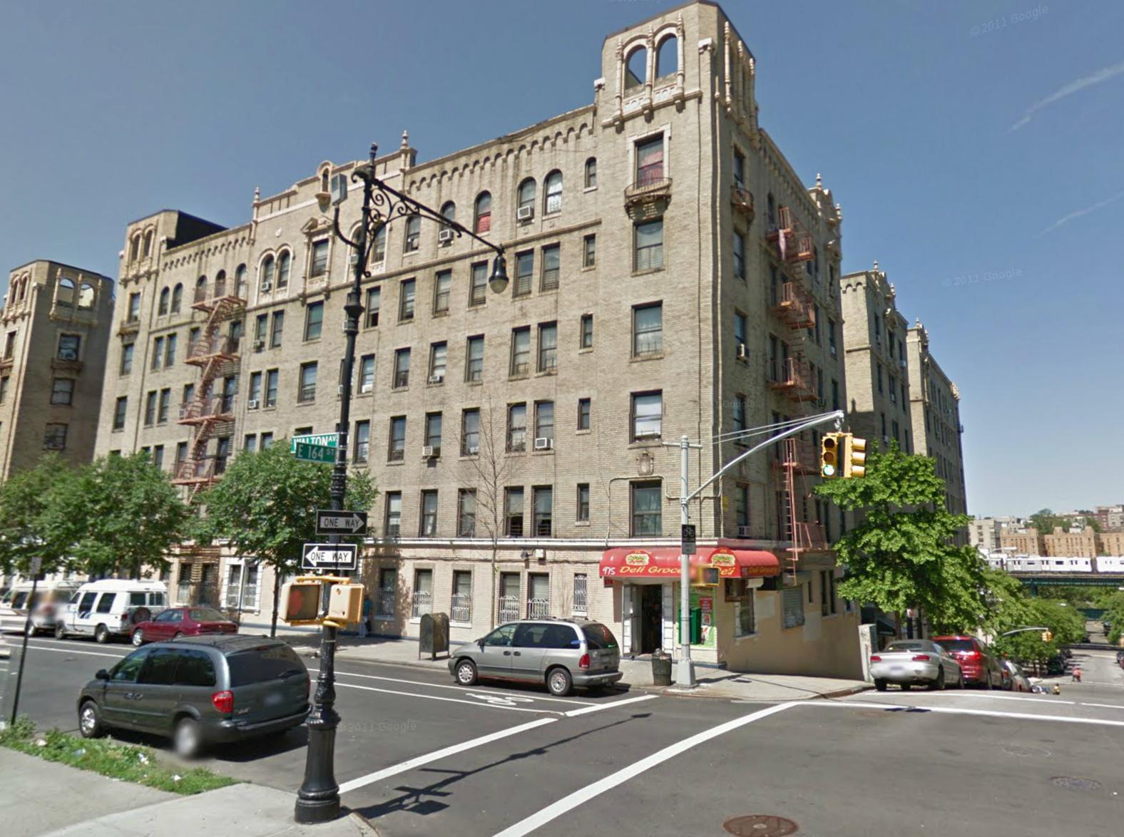 975 Walton Avenue