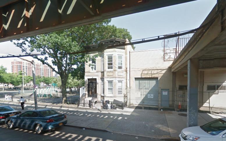 24-32 31st street astoria queens gmaps
