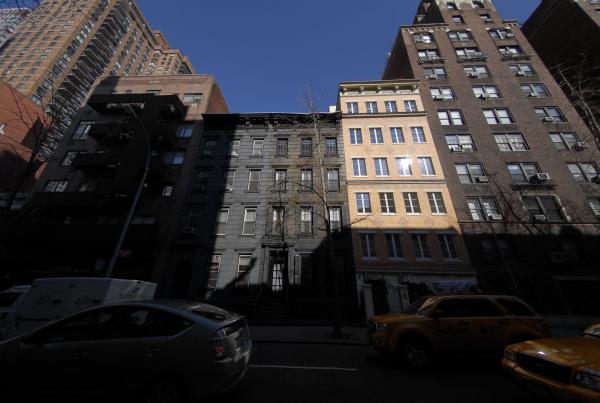 323 East 53rd Street