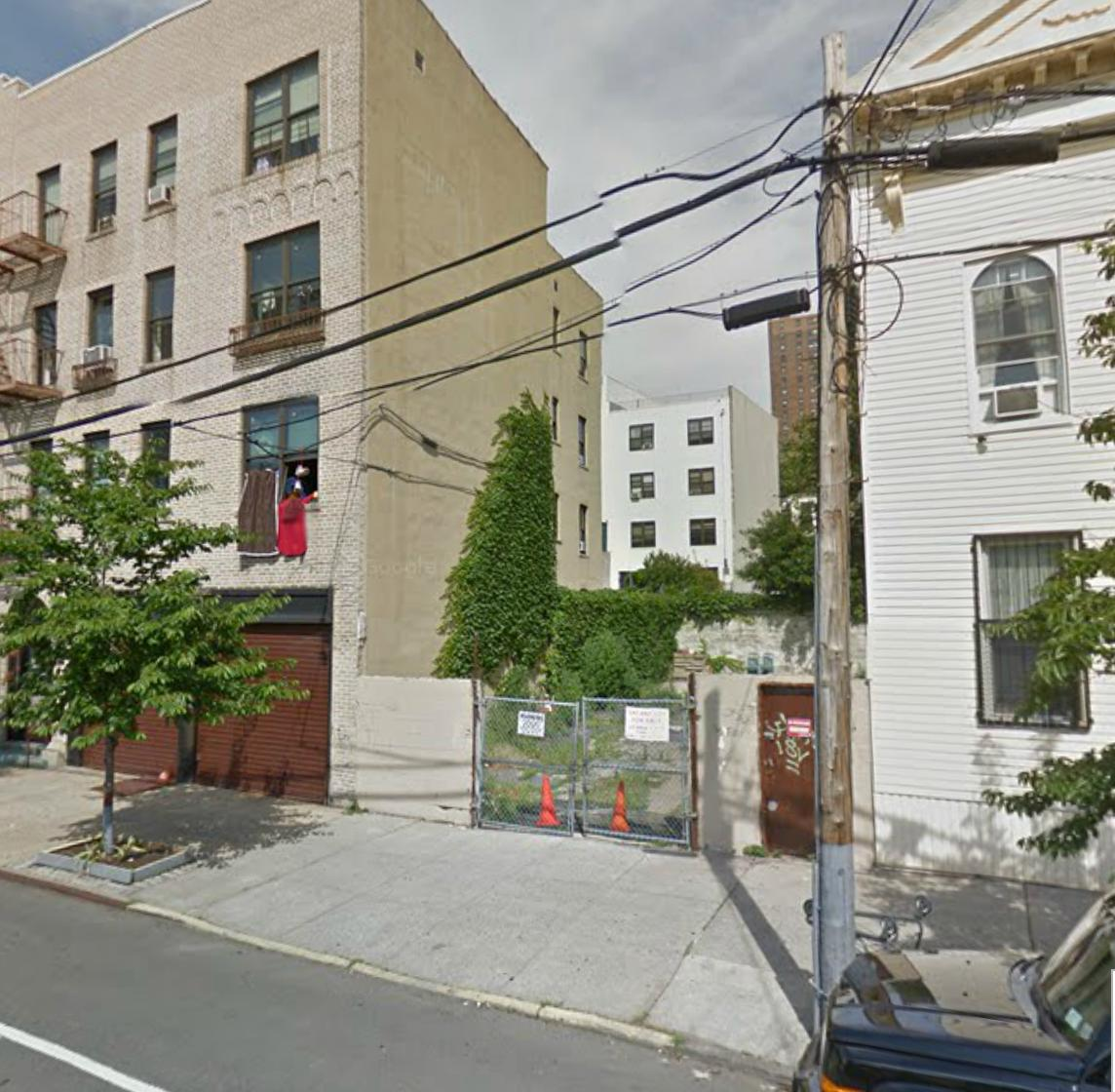 656 St. Anns Avenue