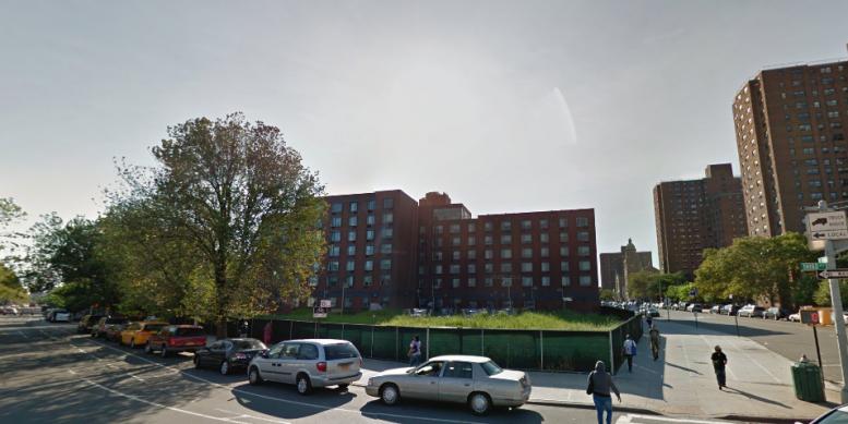 275 East 138th Street mott haven gmaps
