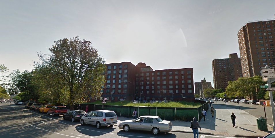 275 East 138th Street mott haven gmaps
