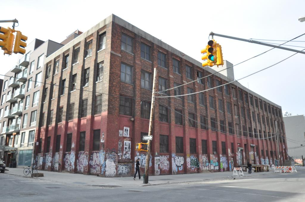 28 Roebling Street in April 2015, photo by Christopher Bride for PropertyShark