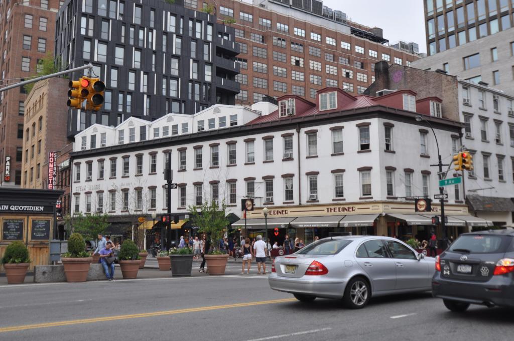 44 Ninth Avenue, image via PropertyShark