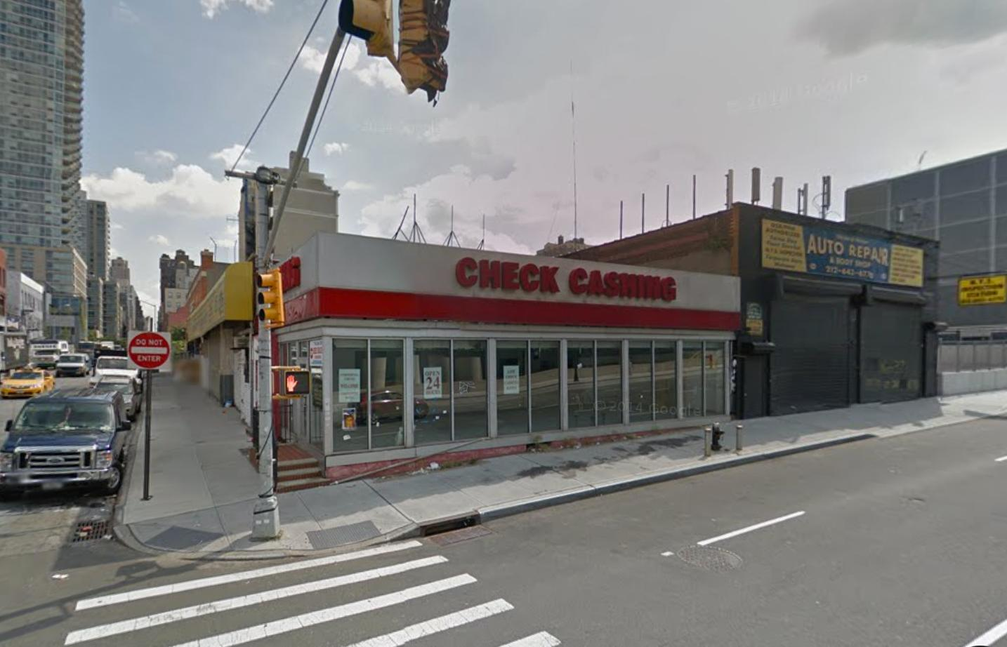 Pre-demolition 450 11th Avenue, image via Google Maps