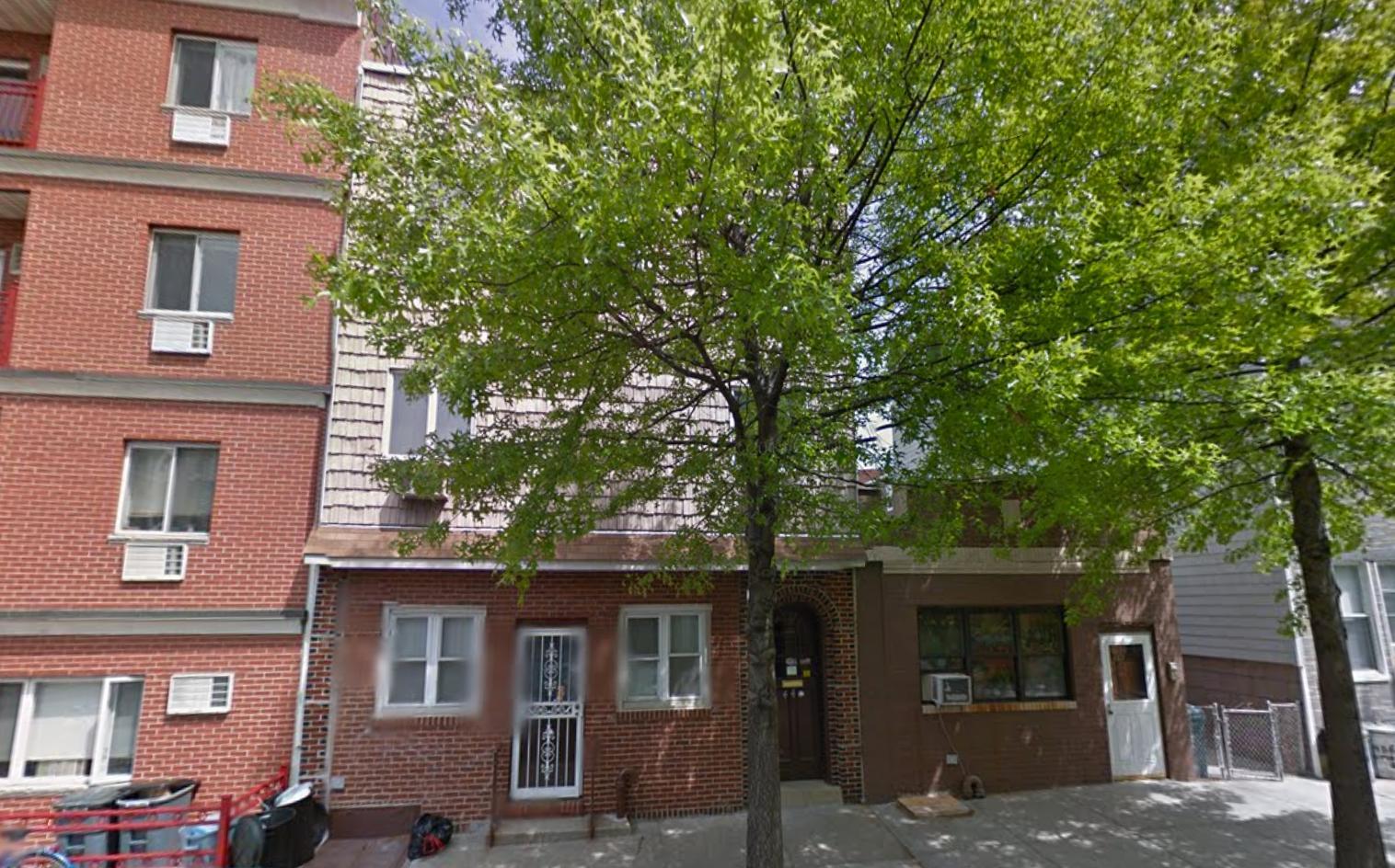438 Humboldt Street