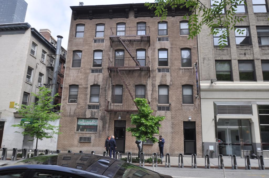 355 West 39th Street in May 2014, photo by Christopher Bride for PropertyShark