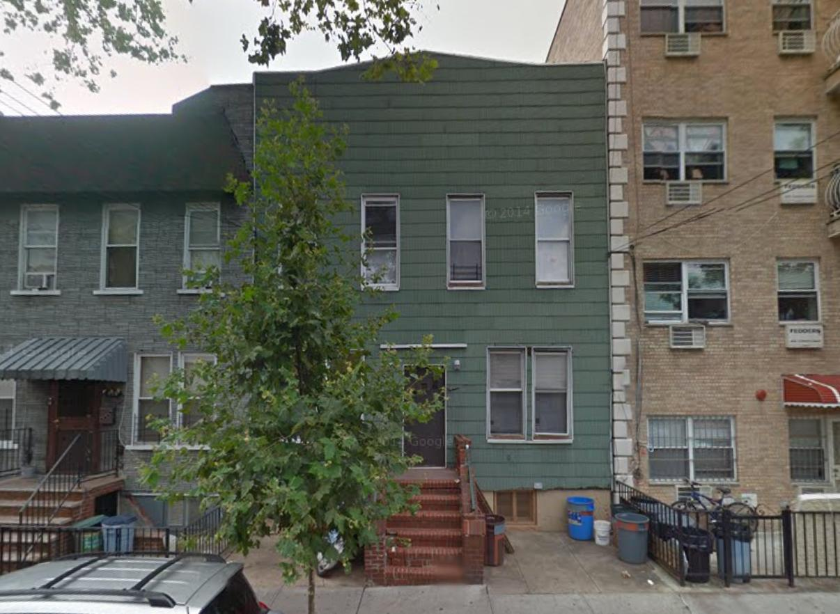 832 40th Street