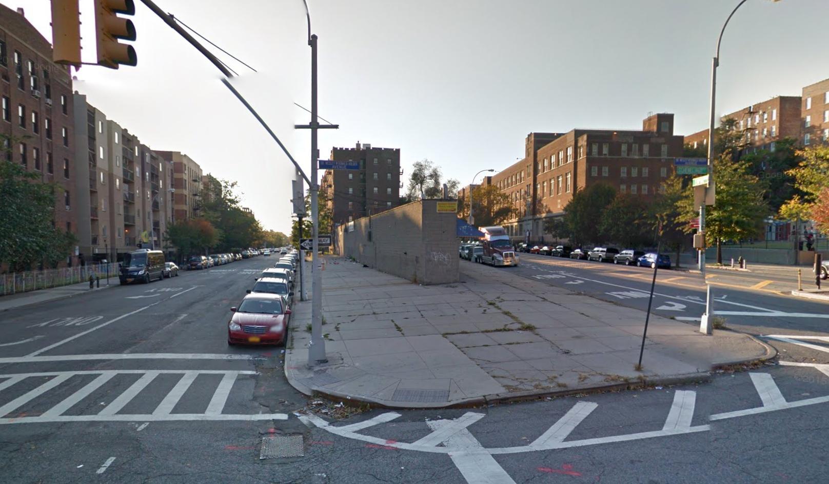 800 Empire Boulevard
