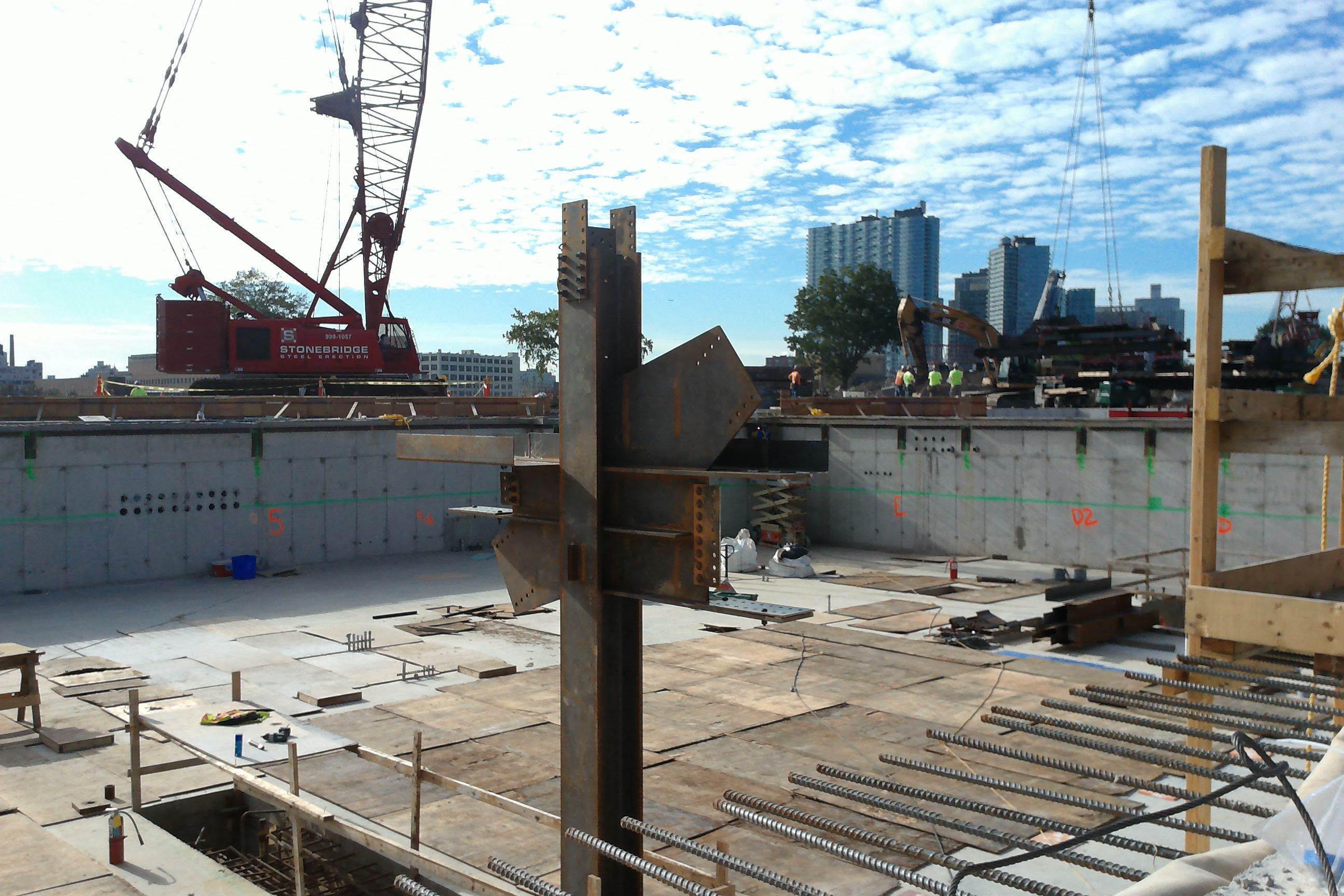 Steel rising for the Bloomberg Center at Cornell Tech, on Roosevelt Island