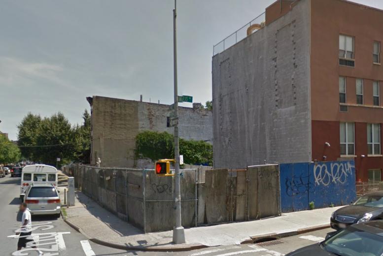 352 Willis Avenue