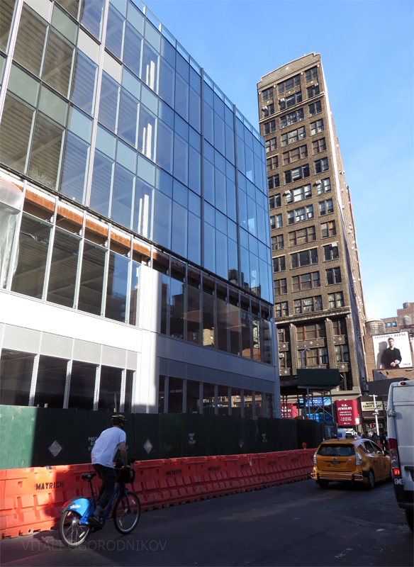 Building base on West 30th Street