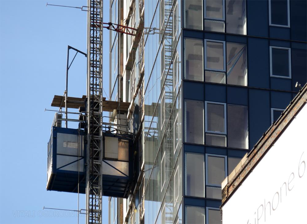 IMG_2565-facade-detail-construction-elevator-small-wmark