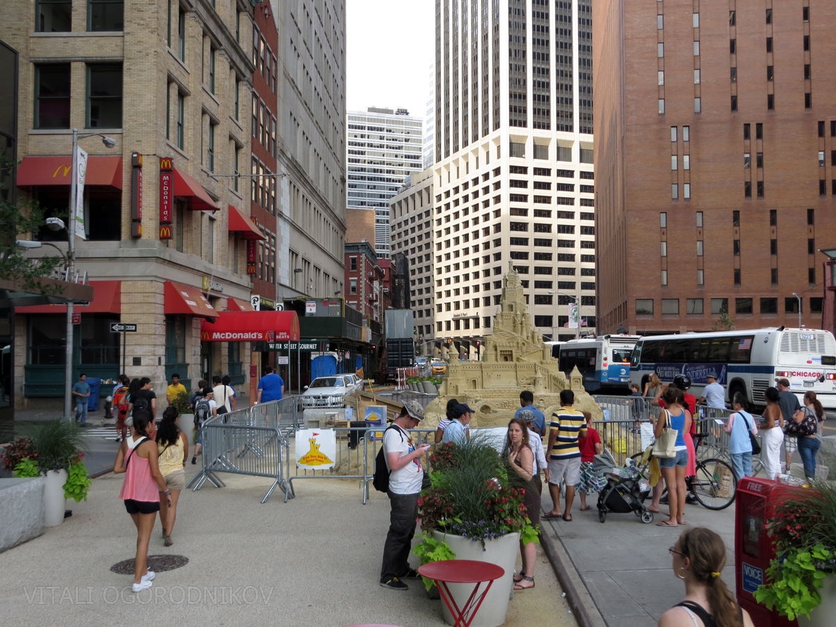 12 Water Street (on the left) in July 2013