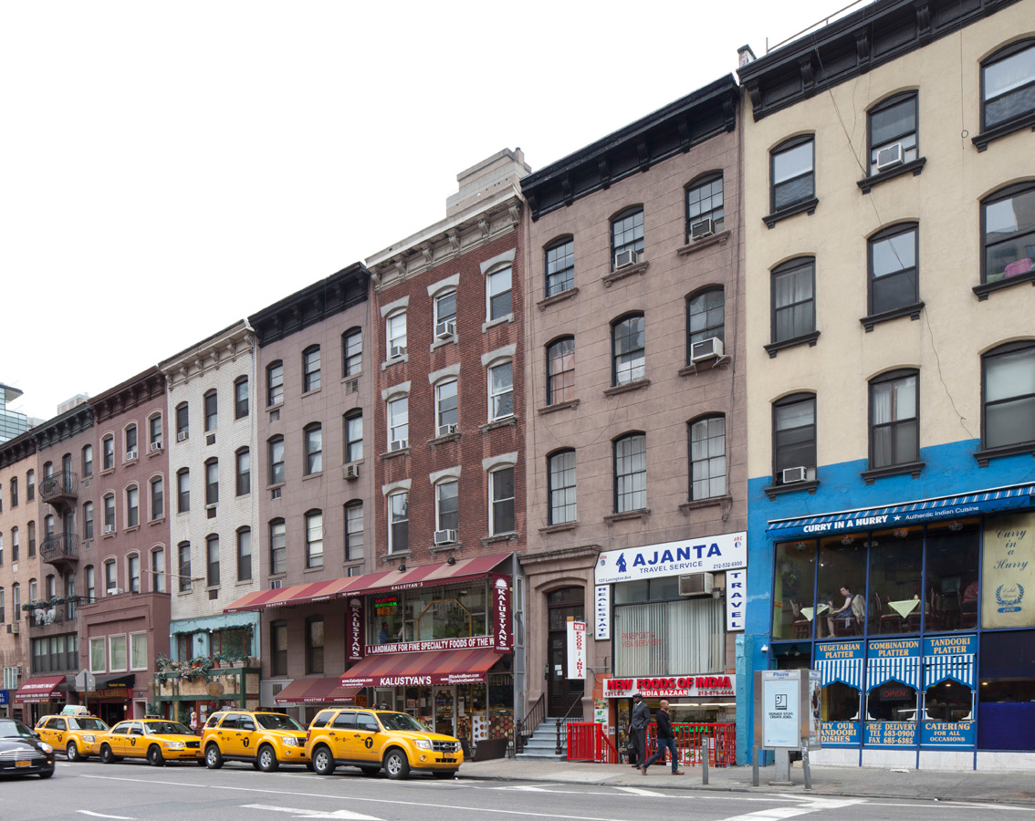 The block containing 123 Lexington Avenue. Courtesy LPC.
