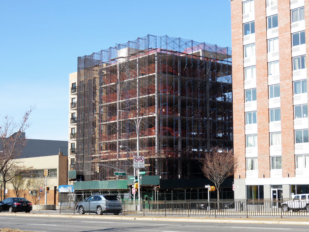 51-25 Queens Boulevard