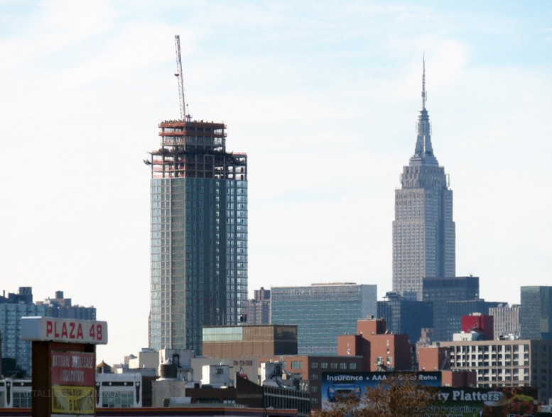 23-10 Queens Plaza South and the Empire State Building. All photos by Vitali Ogorodnikov .