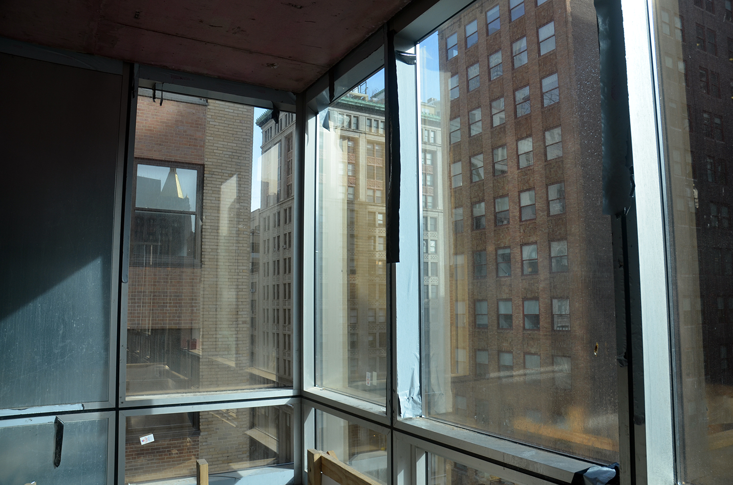 172 Madison Avenue, 8th floor, northeast corner.