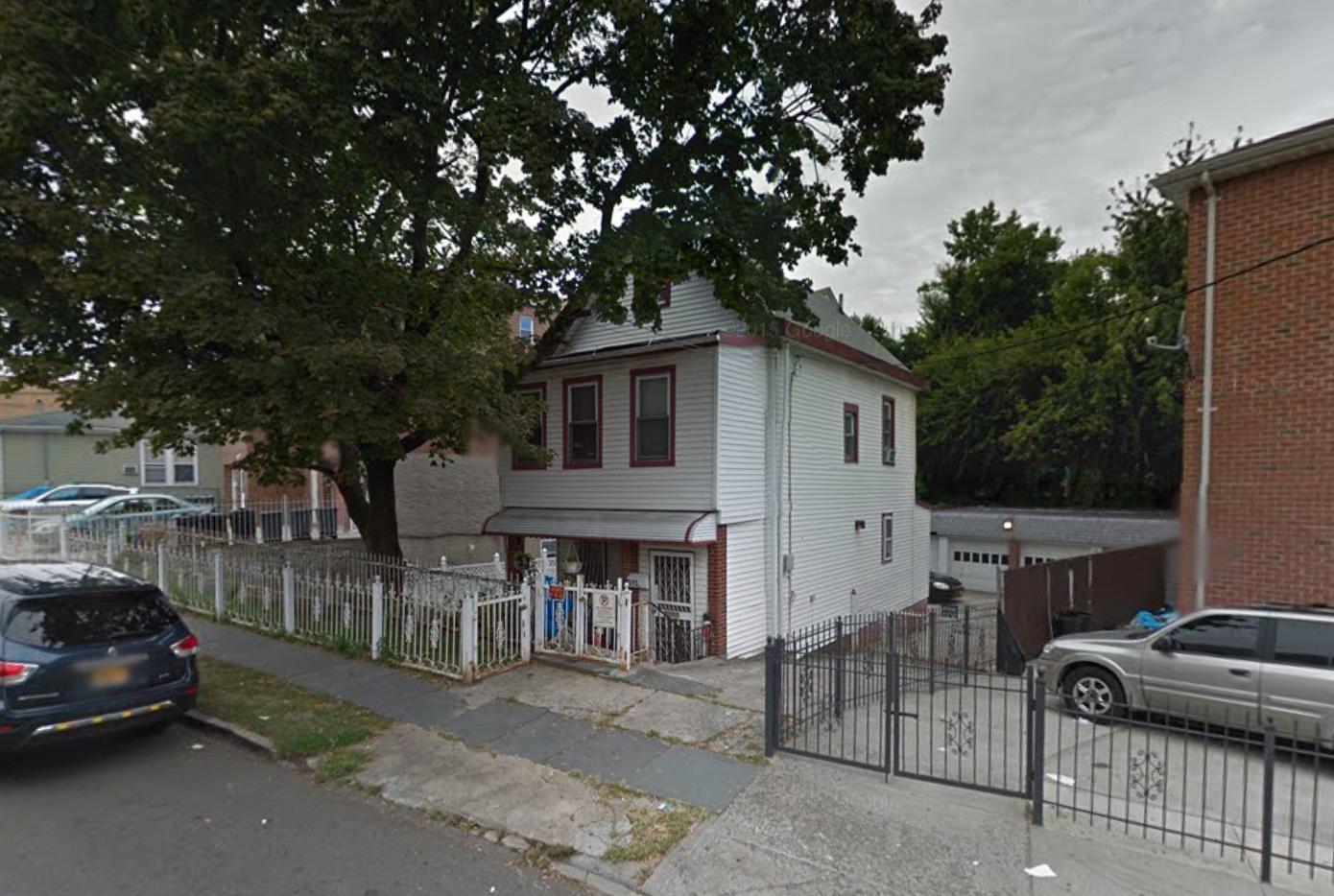 513 Van Nest Avenue