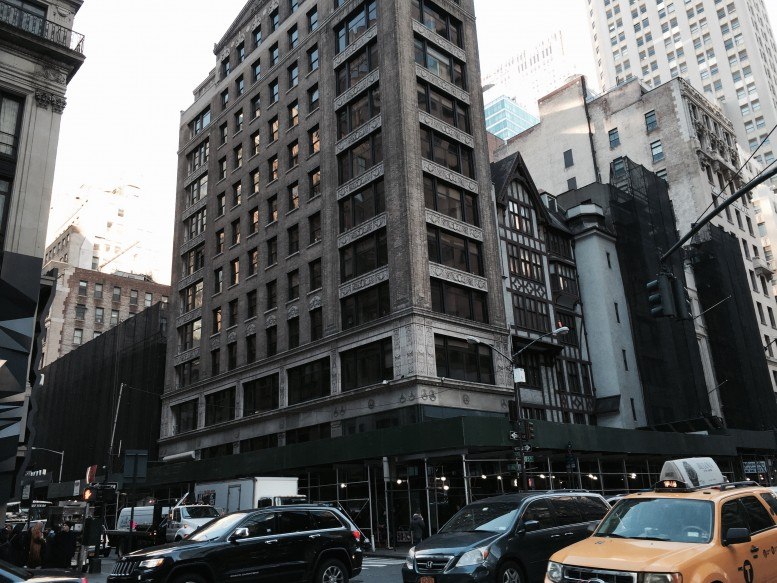562 Fifth Avenue