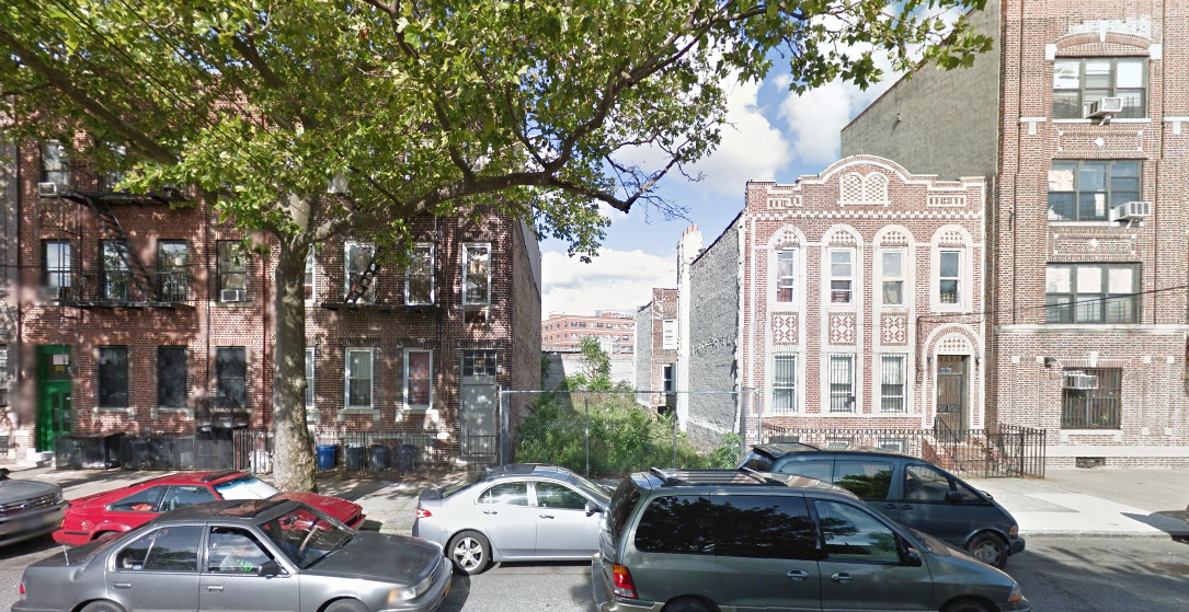 802 Howard Avenue, image via Google Maps