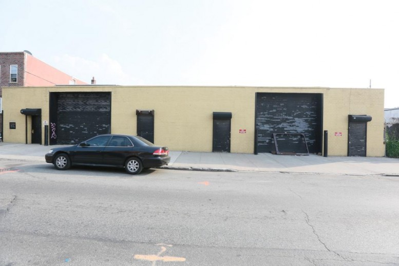 Previous garage property at 84 14th Street (Photo by Christopher Bride for PropertyShark)