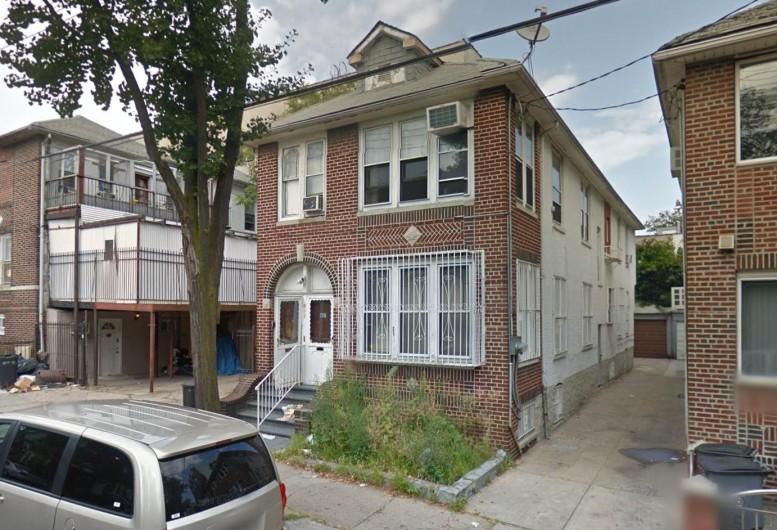 913 45th Street