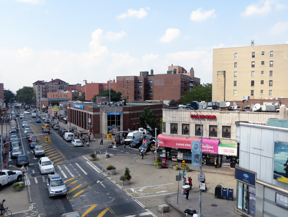 Broadway – Roosevelt Avenue after street improvements