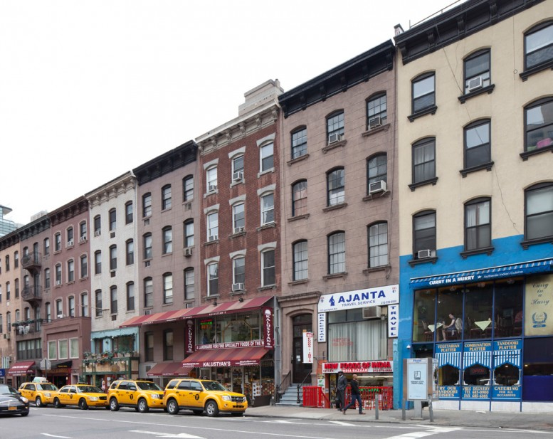 The Chester A. Arthur House at 123 Lexington Avenue (third from right), one of the items on the LPC backlog.