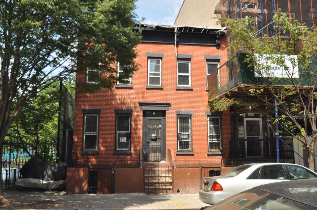 371 Baltic Street in July 2015, photo by Christopher Bride for PropertyShark
