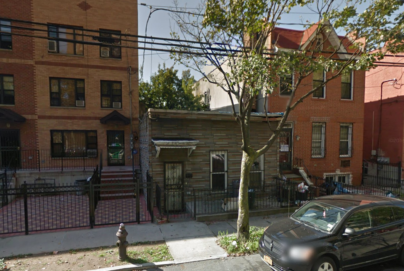 688 Lincoln Avenue