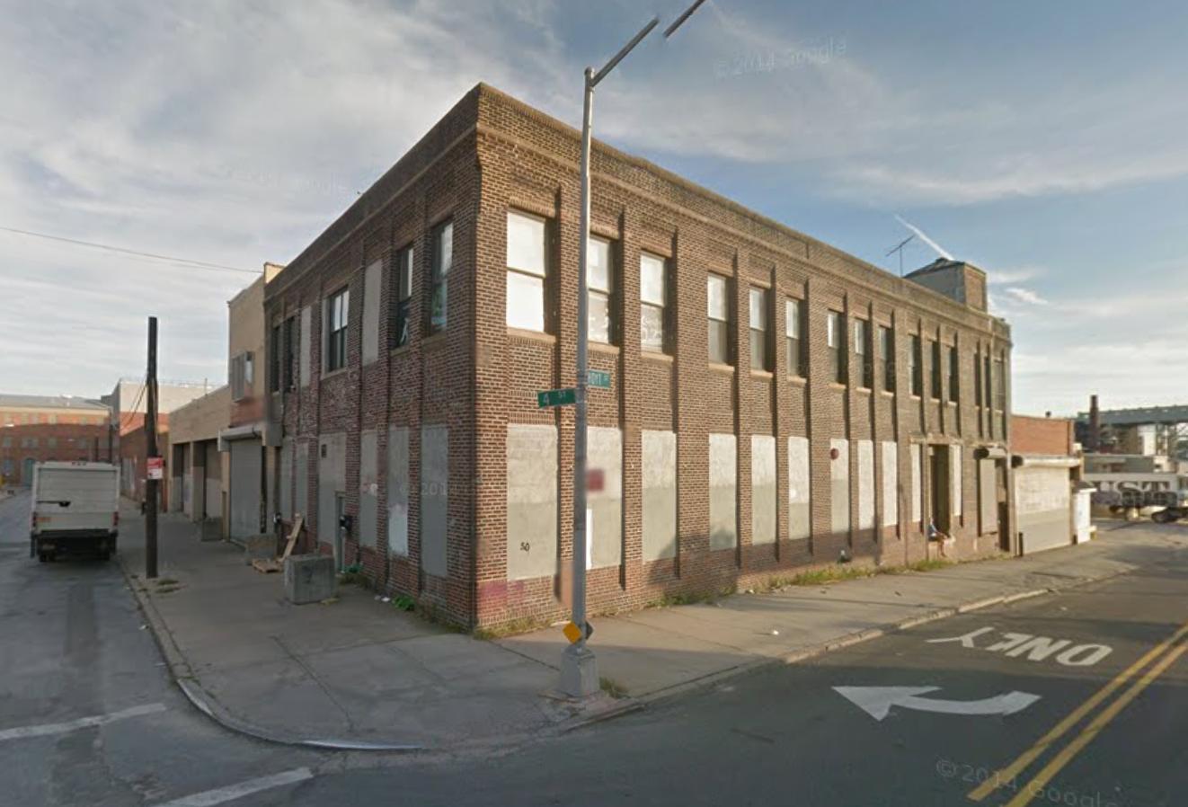 425 Hoyt Street