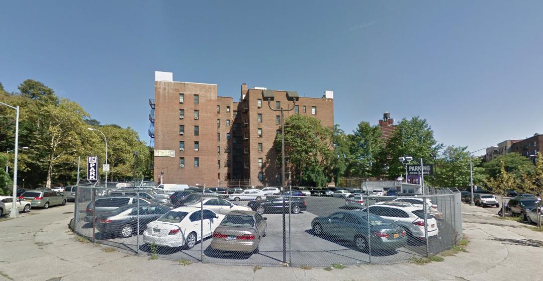 4566 Broadway, image via Google Maps