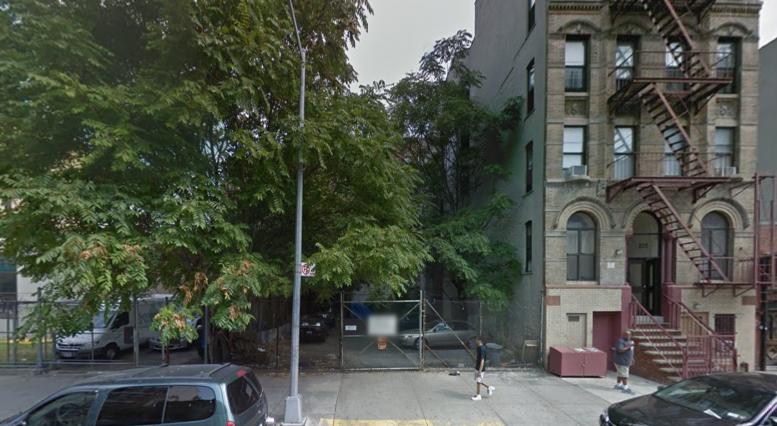 221 East 105th Street, image via Google Maps