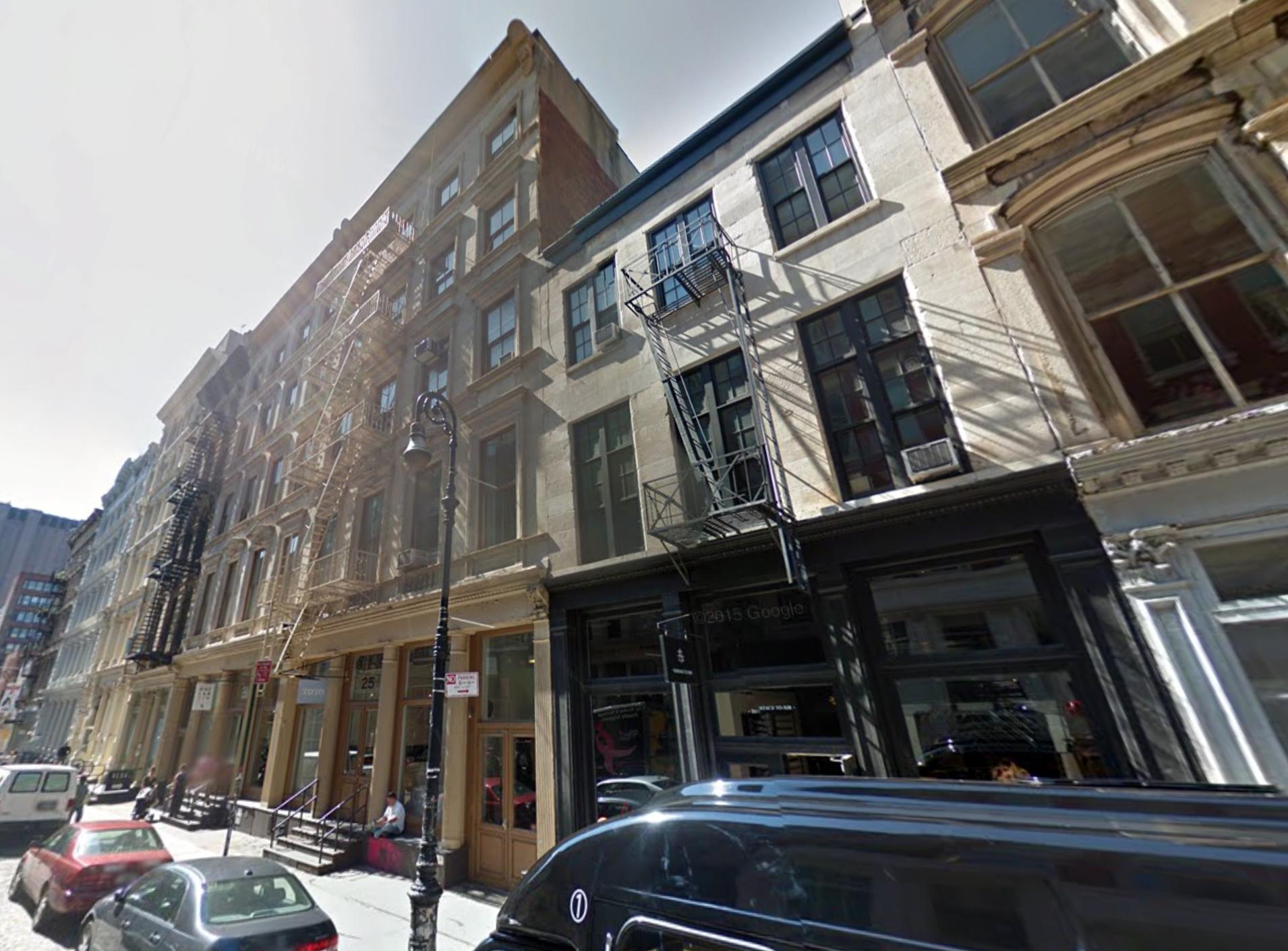 25 Mercer Street and 27 Mercer Street, September 2014. Photo via Google Maps