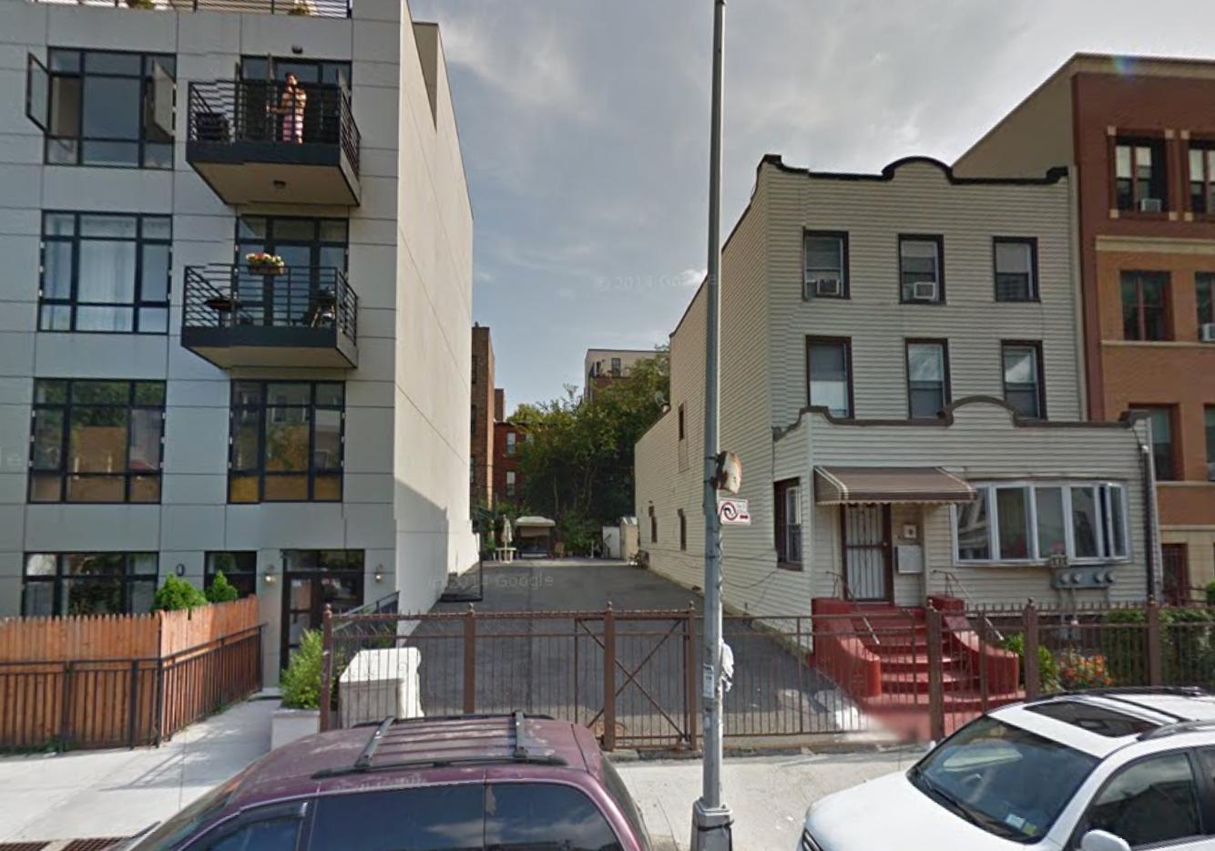 548 Lafayette Avenue