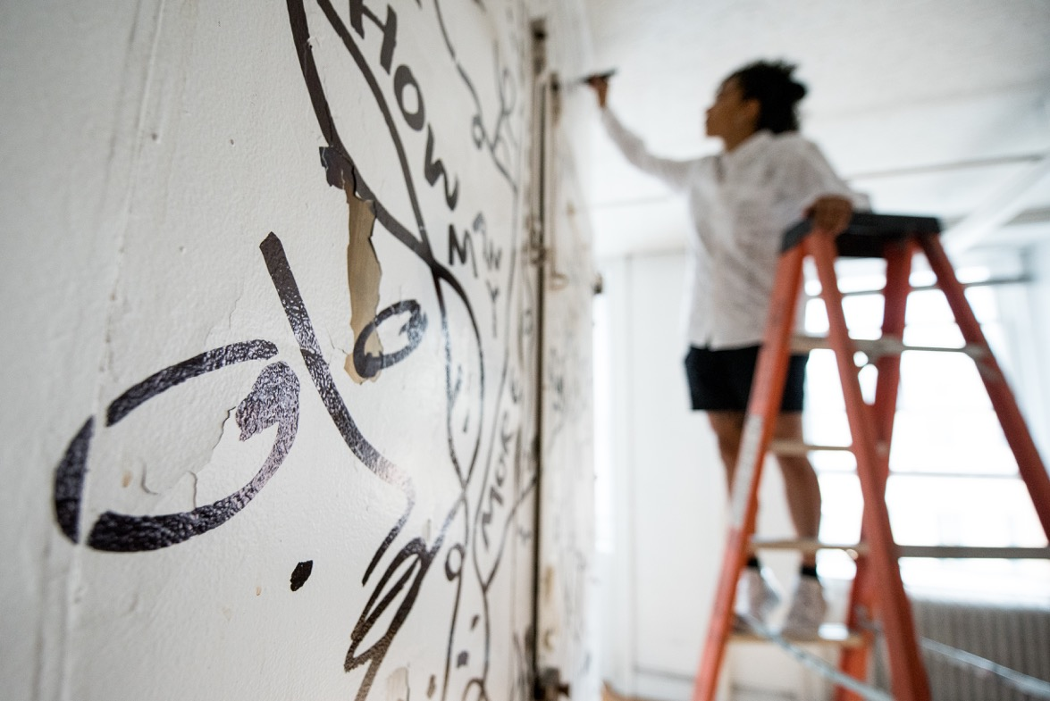 Shantell Martin at work. Credit: Roy Rochlin