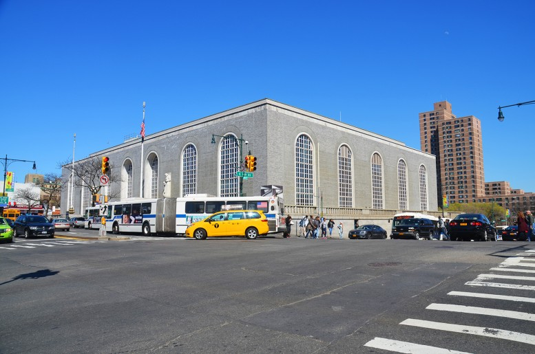 Bronx General Post Office. All photographs by the author
