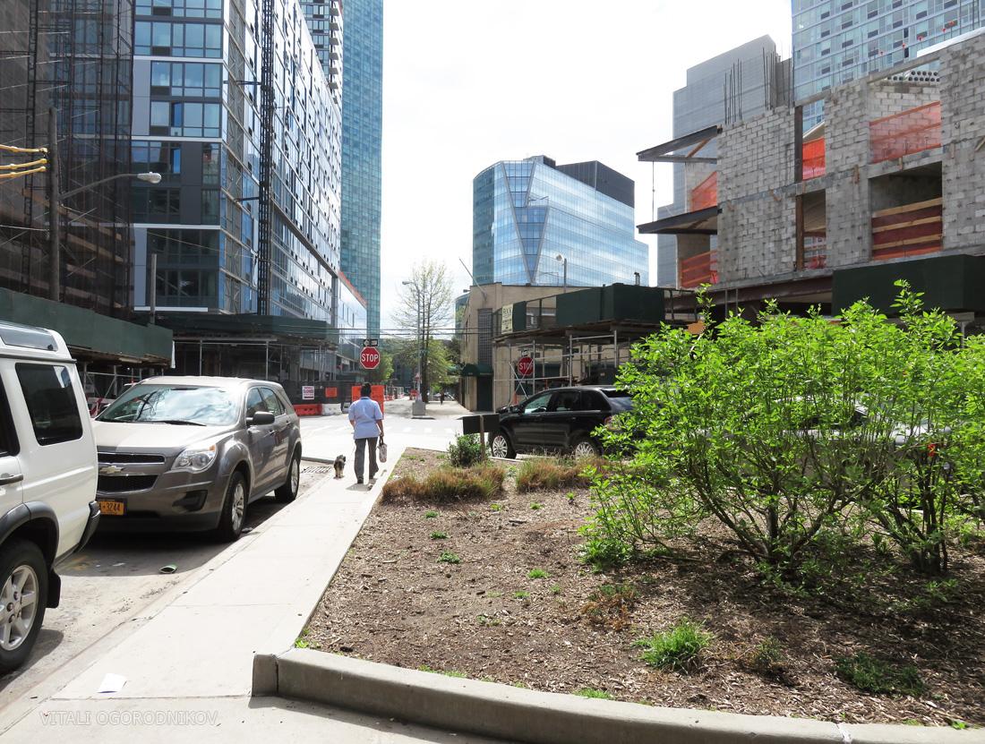 Hyatt Place is on the left.