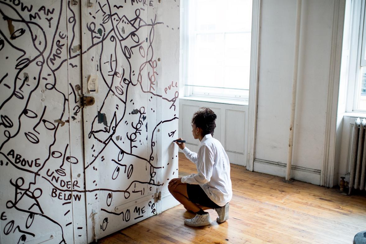Shantell Martin at work at 25 Mercer. Credit: Roy Rochlin